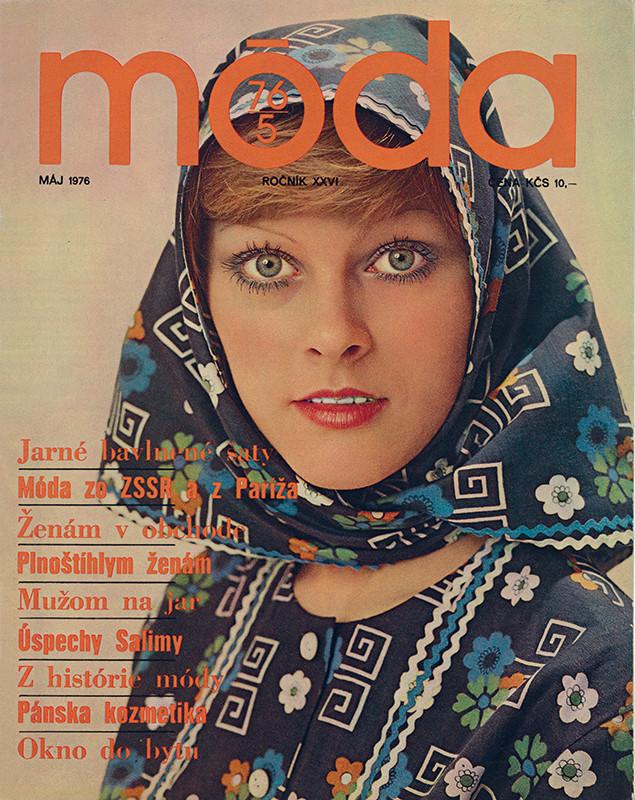 Karol Kállay , Ján Krížik - Móda, odev - šatka zo vzorovanej bavlny, modelové a vývojové stredisko Makyta, Púchov, 1976